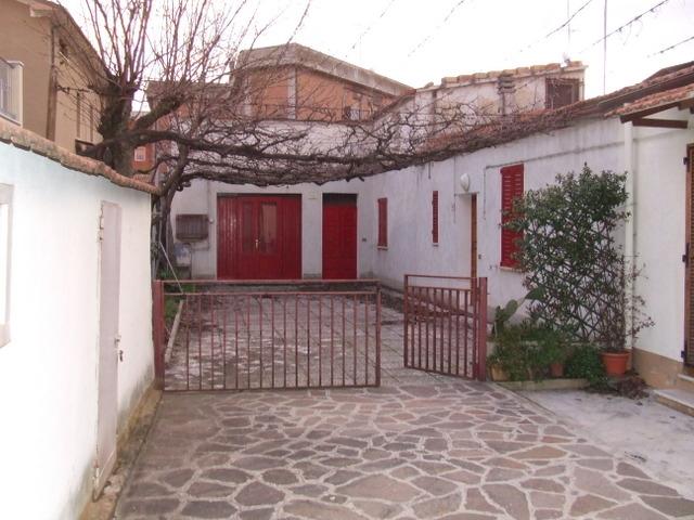 Rif 26 casa vacanze a due camere libera solo maggio for Case in vendita senigallia